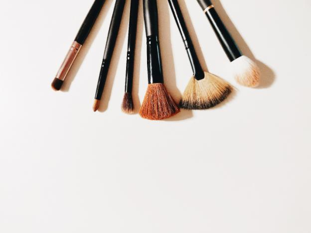 15 Basic Makeup Brushes You Really Need And How To Use Them